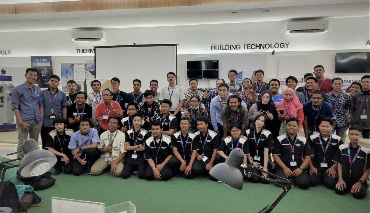 Dokumentasi Acara Pelatihan Konfigurasi Bosch IoT XDK